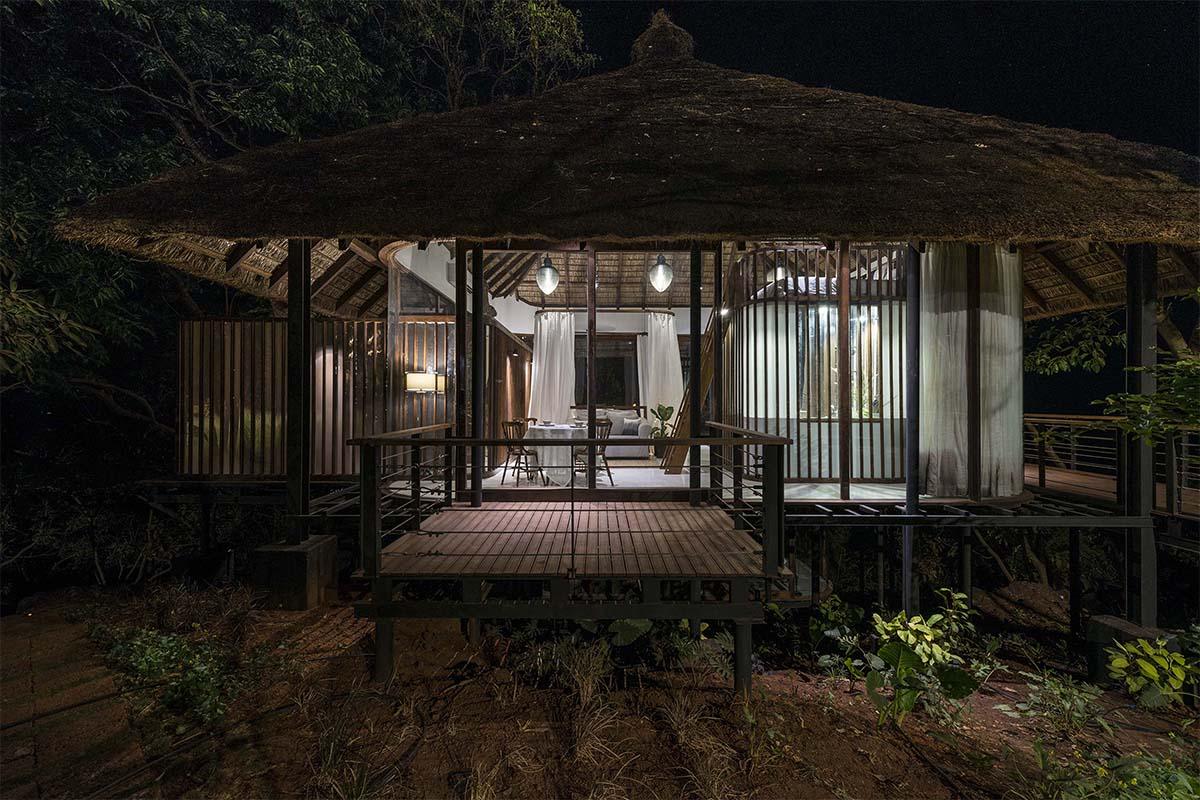 Tala Treehouse Villa / Architecture Brio