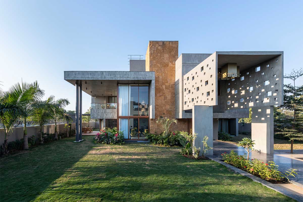 Pixel House / The Grid Architects