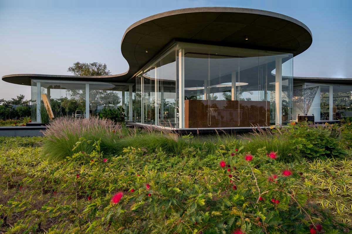 Amoeba / Hiren Patel Architects