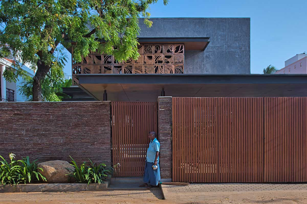 Tut House / Webe Design Lab