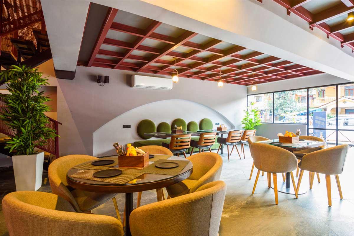 Divo Café & Bar / Archizi Studio